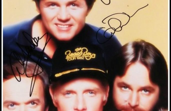 #3 Beach Boys Signed 8×10 Photograph