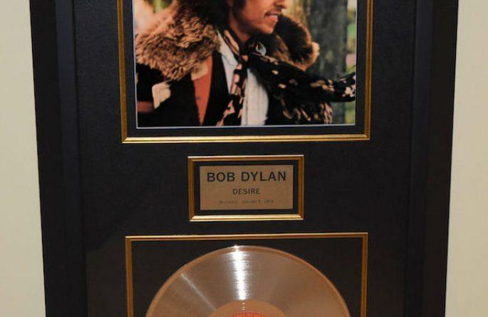 Bob Dylan - Desire, rock star gallery, hand-signed