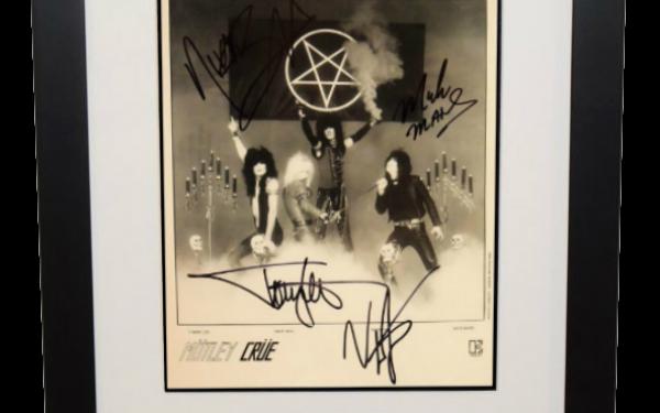 #2-Motley Crue Signed 8×10 Photograph