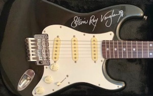 Stevie Ray Vaughan Metallic Charcoal USA Fender Stratocaster