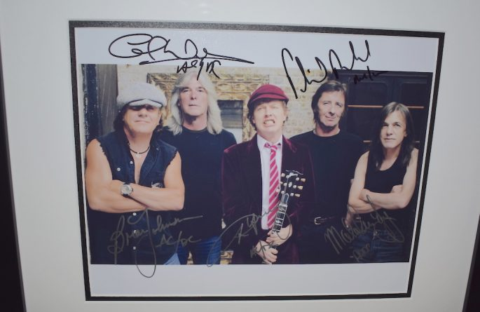 #2-AC/DC Signed 8×10 Photograph