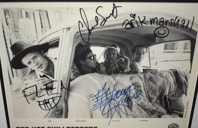 Red Hot Chili Peppers Signed 8×10 Photograph