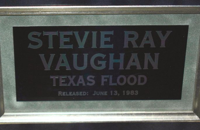 Stevie Ray Vaughan – Texas Flood