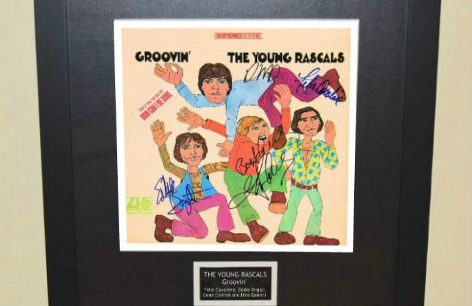 The Young Rascals – Groovin'