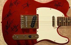 Guns N' Roses – Fender Squier Telecaster