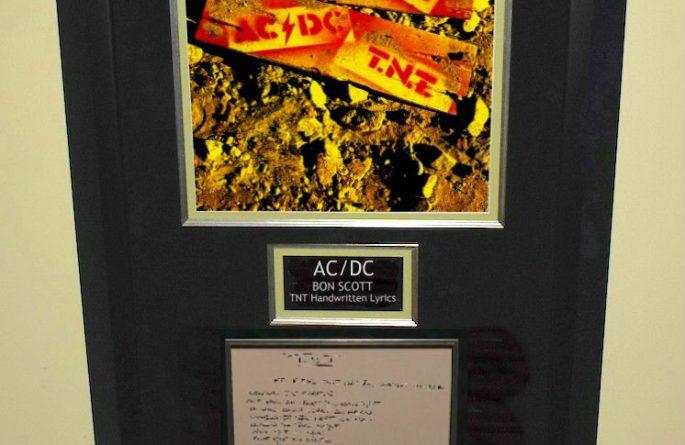 AC/DC Bon Scott – TNT