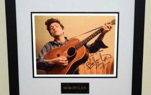 #16-Bob Dylan Signed 8×10 Photograph