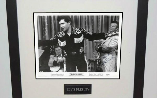 #15-Elvis Presley 8×10 Signed Photograph