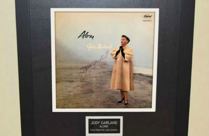 Judy Garland – Alone