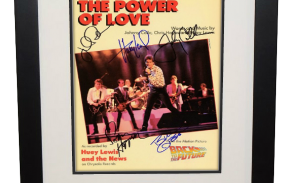 Huey Lewis and The News – The Power Of Love