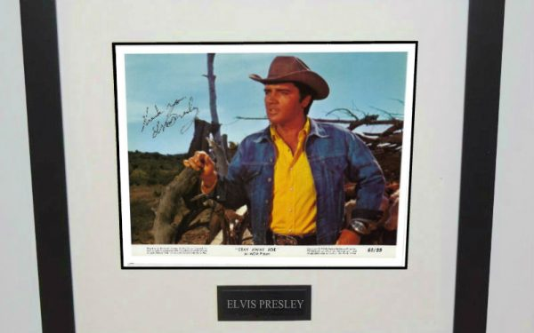 #20-Elvis Presley 8×10 Signed Photograph