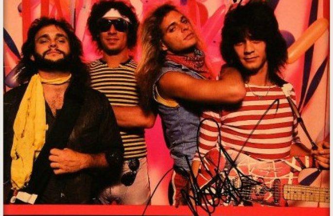 Van Halen – Metal Mania Book