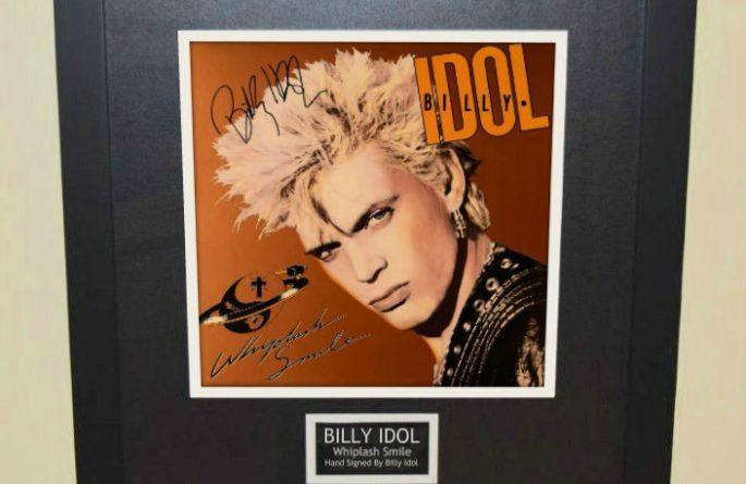 Billy Idol – Whiplash Smile