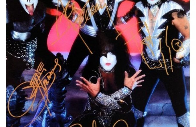 #10-Kiss Hand Signed Photograph