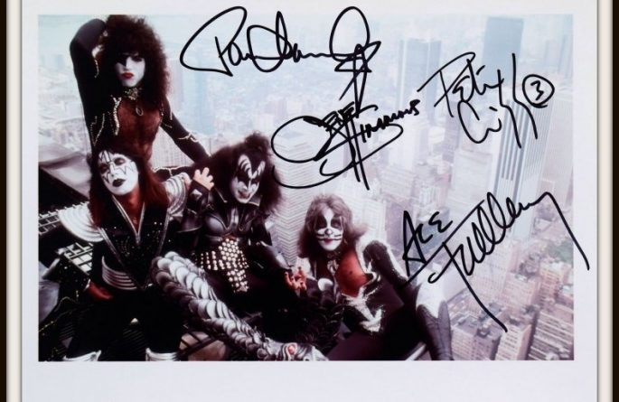 #11-Kiss Hand Signed Photograph