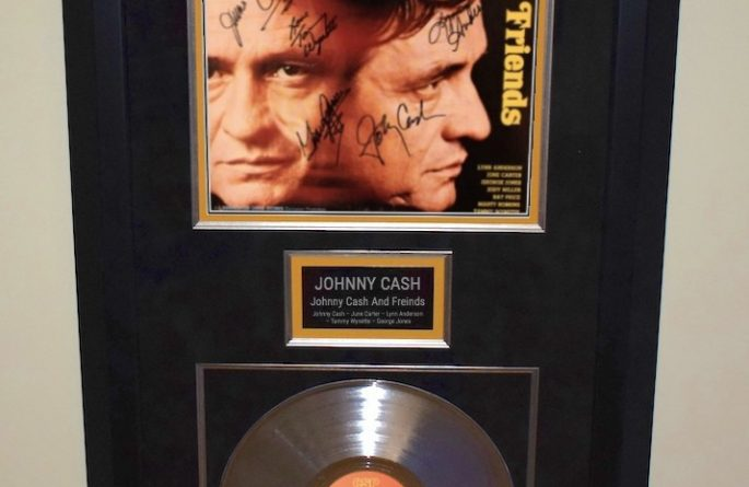 Johnny Cash – Johnny Cash And Friends
