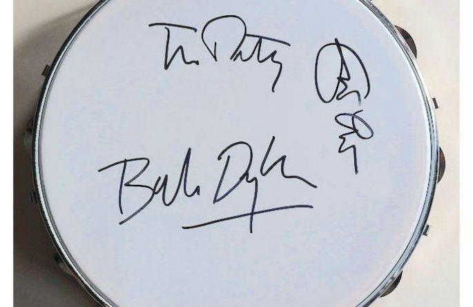 Eric Clapton – Rock Heros Tambourine