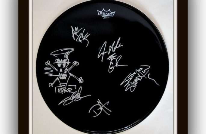 Guns N' Roses – Drum Head