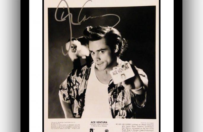 Ace Ventura – Jim Carrey Signed Photograph
