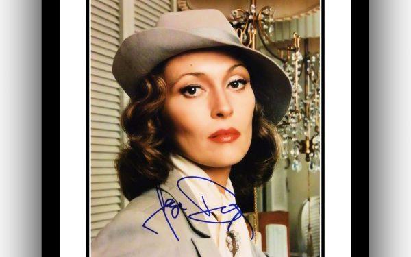 Faye Dunaway Signed Photograph