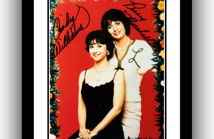 #2 Lavern and Shirley Signed Photograph