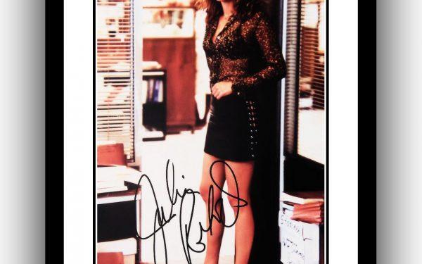 Julia Roberts Signed Photograph