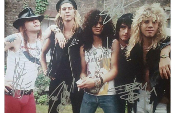 # 4-Guns N' Roses Signed 8×10 Photograph