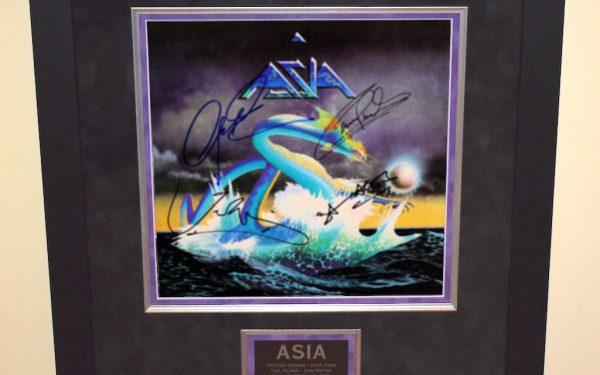 Asia – Debut