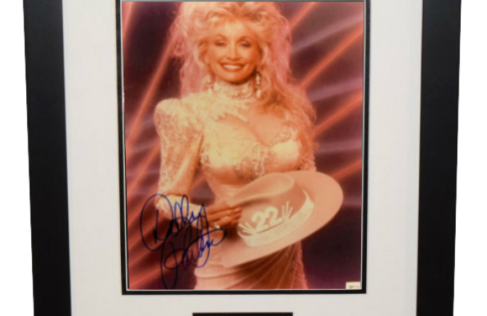 #1-Dolly Parton Signed 8×10 Photograph