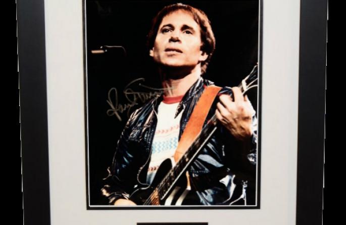 Paul Simon Signed 8×10 Photograph