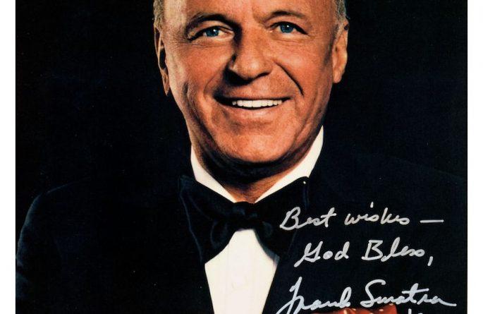 Frank Sinatra Signed 8×10 Photograph
