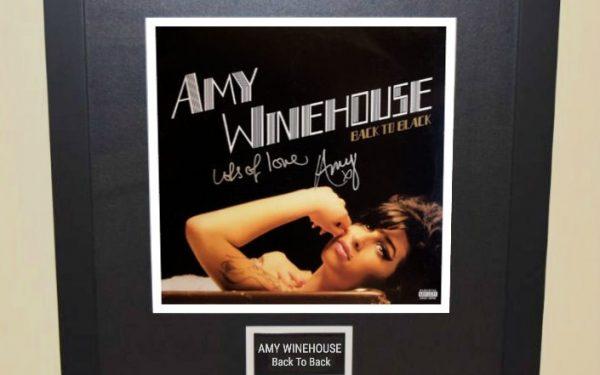 Amy Winehouse – Back To Back
