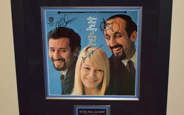 Peter, Paul and Mary – A Song Will Rise